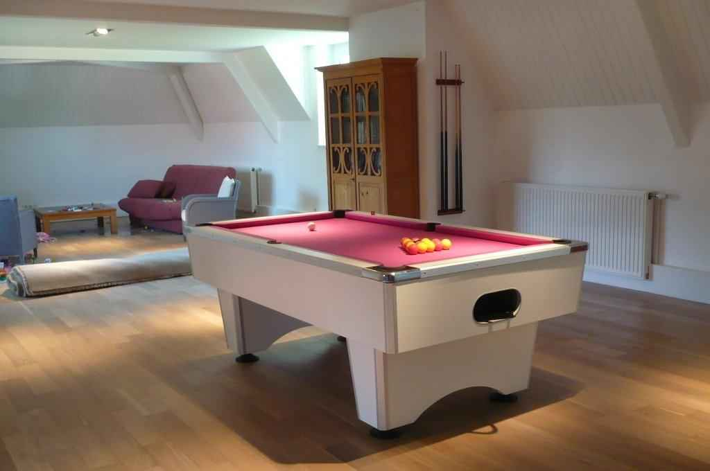 billard toulet dans billard toulet de billard et baby foot sur ambiance plaisir k. Black Bedroom Furniture Sets. Home Design Ideas