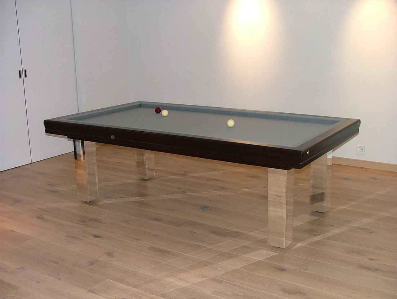 billard toulet dans billard toulet de billard et baby foot sur ambiance plaisir b. Black Bedroom Furniture Sets. Home Design Ideas