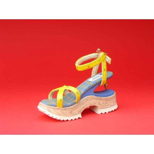 Figurine chaussure miniature collection just the right shoe custom made dealer-event 01  - rs25115